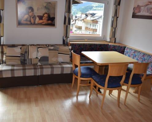 Andre 2 livingroom ski-in ski-out