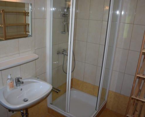 Ferienappartement Oliver 4 Dusche